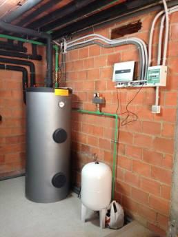 depósito de agua caliente